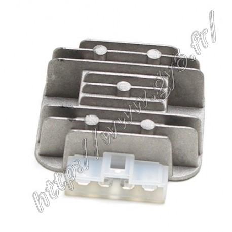 Regulateur 125 type C 4 pins en ligne