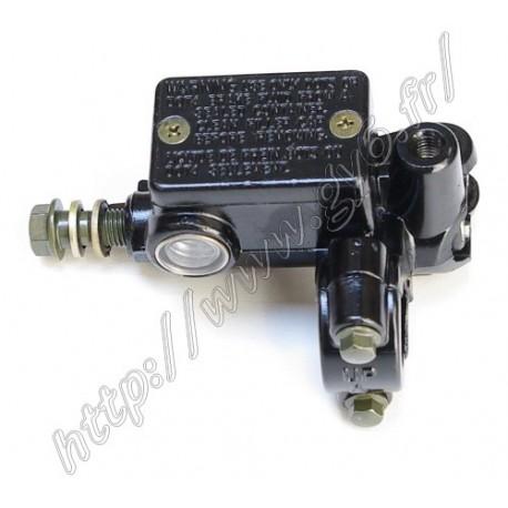 Maitre cylindre de frein avant droit avec pas de vis pour retroviseur